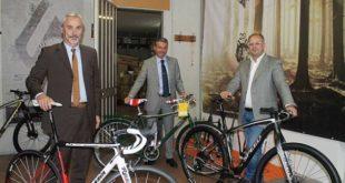 il-sindaco-lucchi-incontra-gruppo-bici-spa-di-cesena-jpg