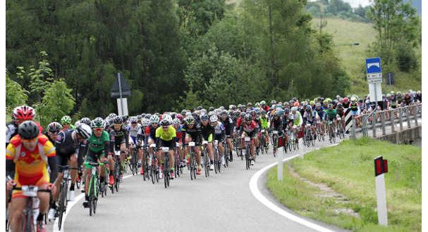 lepicita-di-acsi-ciclismo-weekend-di-fuoco-sulle-dolomiti-1-jpg
