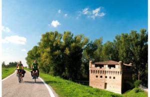 pedalando-nel-delta-del-po-jpg