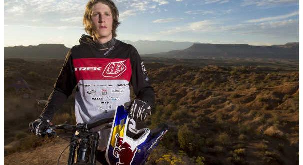 prima-mondiale-dellavventura-sportiva-di-mountain-bike-jpg