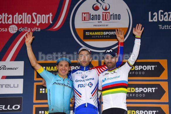 Gara di ciclismo Milano-Torino: vince Pinot VIDEO